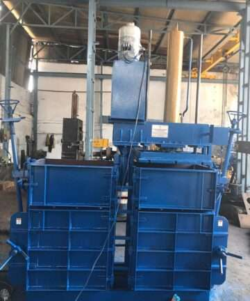 40 TON DOUBLE BOX AND SINGLE CYLINDER